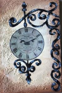 Collage de l'horloge